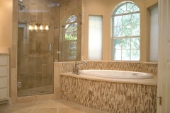 Shadow Oak Master Bath